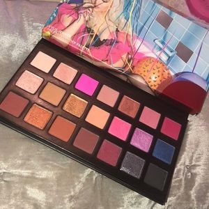 Kylie 'Sipping Pretty' Palette